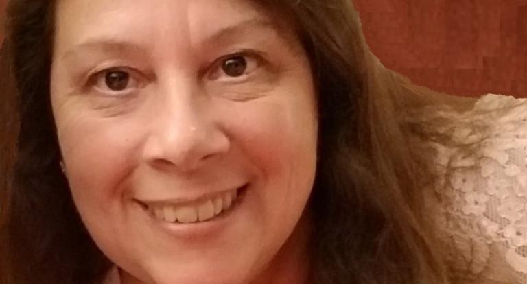 headshot of Cheryl Hunter