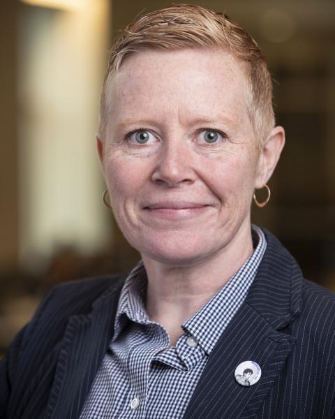 headshot of Laura Calhoun