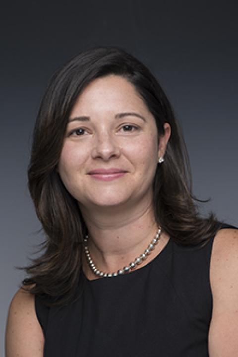 headshot of Rachel Deane