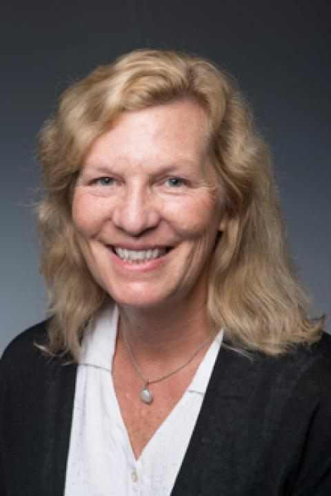 headshot of Ann Williams