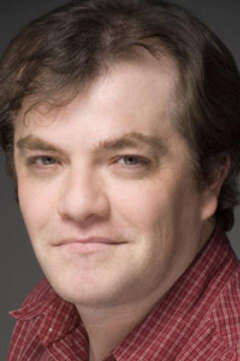heashot of Mike Wood